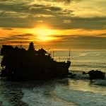 Discover the Tanah Lot temple during your 48 hour Bali getaway.