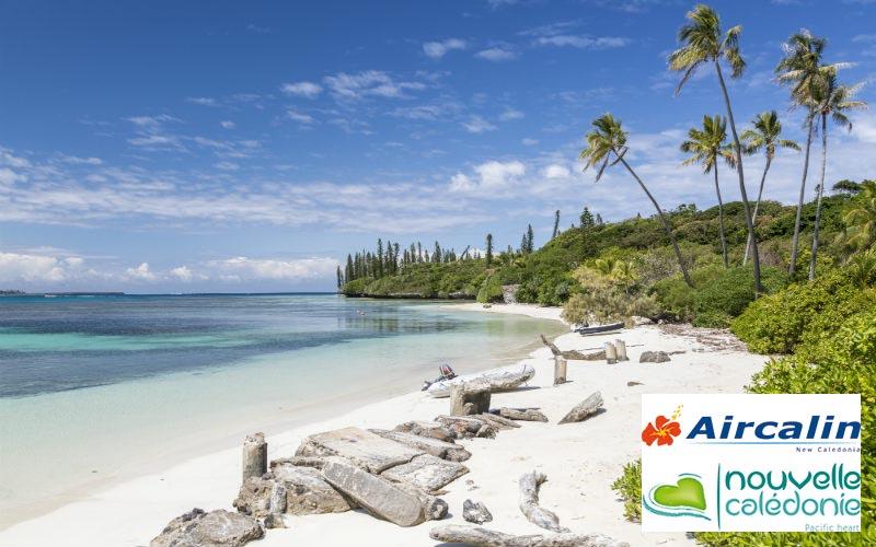 beach lagoon New Caledonia