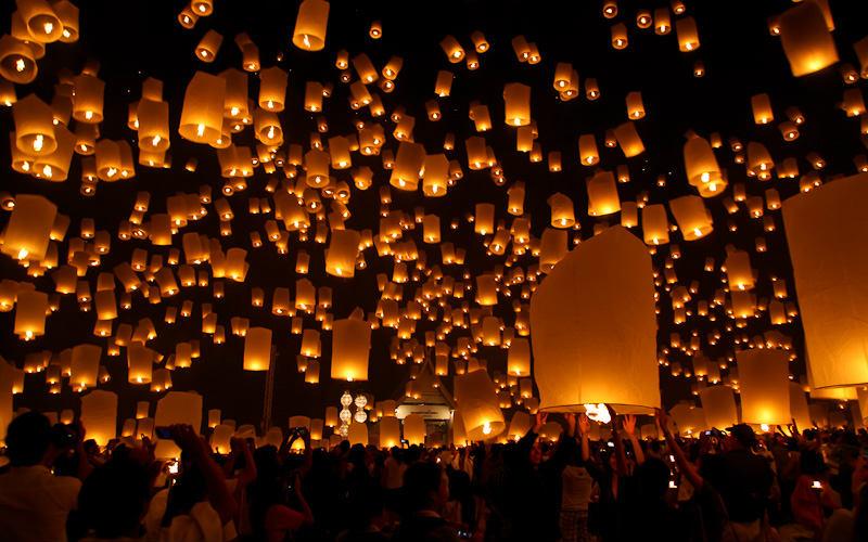 Yi Ping Lantern Festival, Thailand