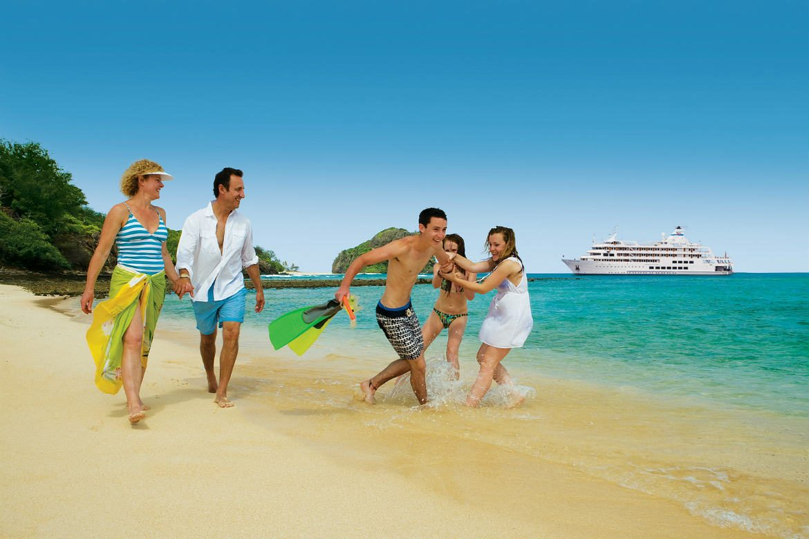 Family cruise ship beach