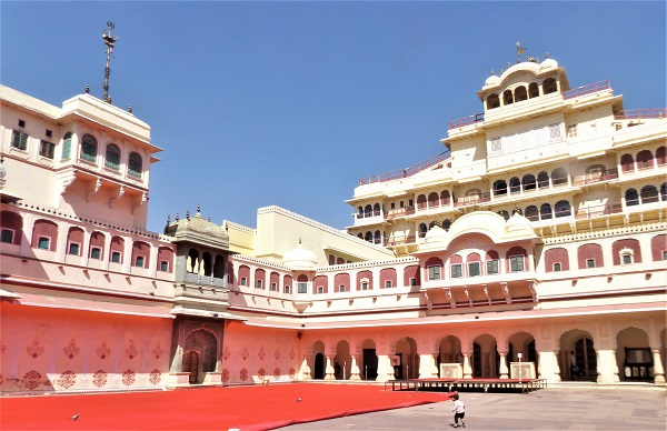City-Palace-Jaipur-Things-To-Do-India