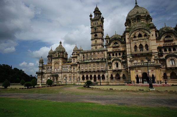 Laxmi-Vilas-Palace-Things-To-Do-India