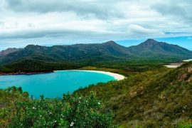 Freycinet-Wineglass-Bay-Tasmania-East-Coast