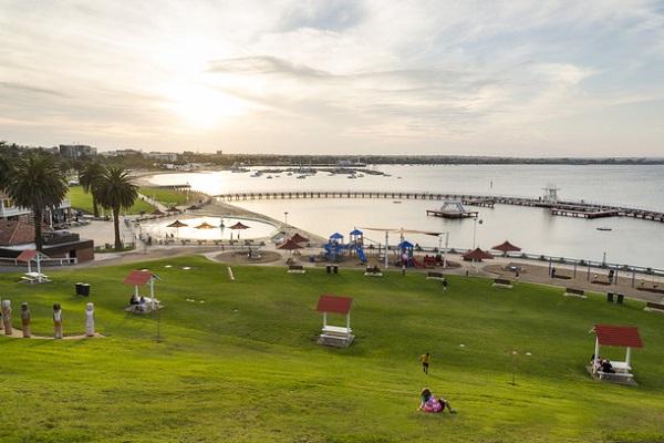 Eastern-Beach-Foreshore-Geelong-Victoria-Beaches