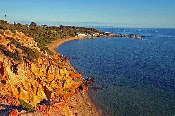Half-Moon-Bay-Black-Rock-Victoria-Beaches