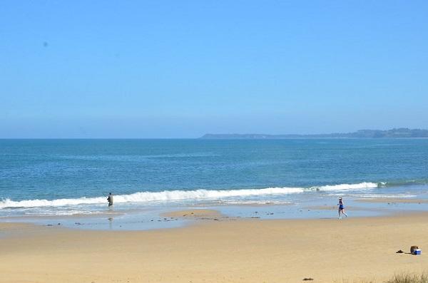 Point-Leo-Surf-Beach-Mornington-Peninsula-Victoria