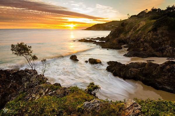 Fishermans-Lookout-Byron-Bay-Sunrise