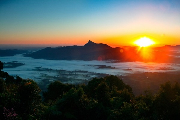 Sunrise-Mt-Warning-Byron-Bay