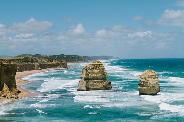 Twelve-Apostles-Great-Ocean-Road-View
