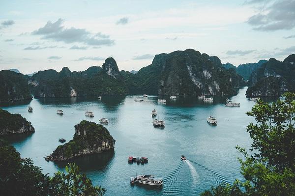 Halong-Bay-Vietnam-Webjet-Exclusives