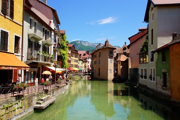 Annecy-Holiday-Destination-2020