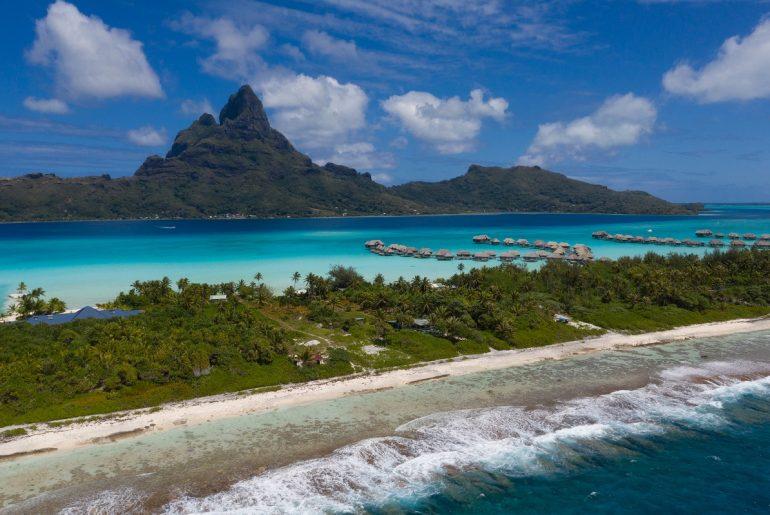 Bora-Bora-Romantic-Island-Honeymoons