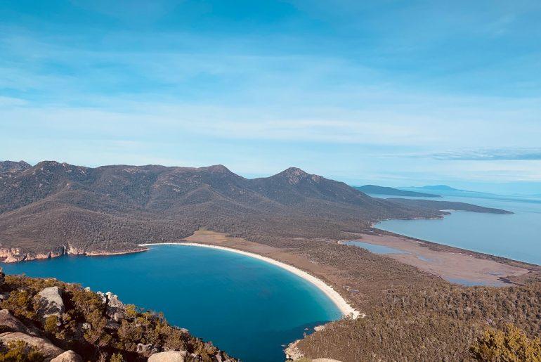 Wineglass-Bay-Freycinet-Tasmania