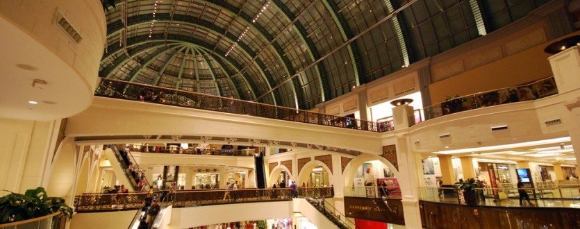Dubai Mall hosts one of the world's largest shopping festivals.
