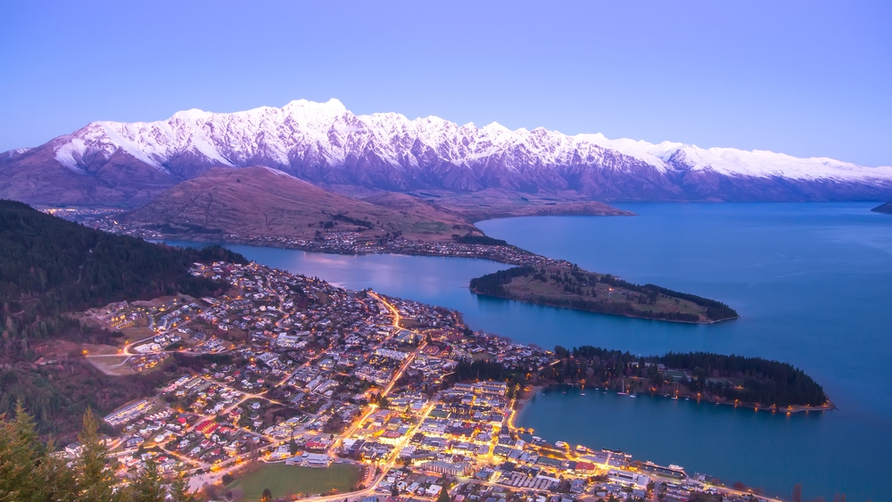 how to make the most of a winter holiday in queenstown. Black Bedroom Furniture Sets. Home Design Ideas